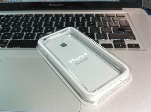 KODAWARISAN-iPhone 4 アンテナ問題 電波弱い bumper 解決