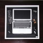KODAWARISAN史上初の元に戻さないバラし「MacBook Air を絵画のように」