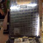 新しい iPad Air のスクリーンパネル部品か