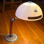 あの iMac が iLamp G4 に
