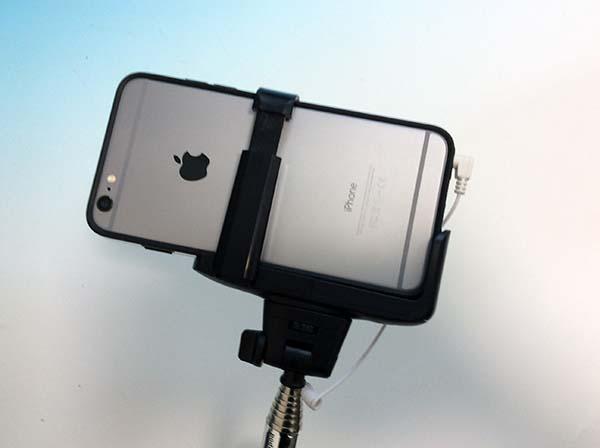 iPhone セルカ棒