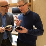 iPhone Smart Battery Case、出っ張りもデザイン