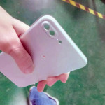 デュアルレンズ仕様の iPhone 7 用リアハウジング部品