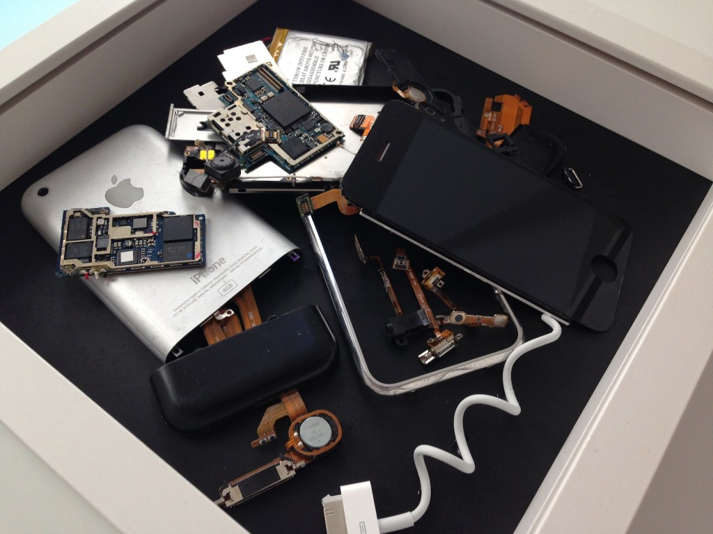 iPhone 2G 分解 disassembled kodawarisan