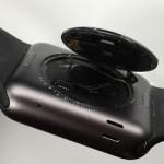 Apple Watch の裏蓋が外れる不具合、無償修理を3年に延長