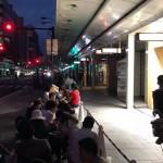 Apple京都オープン、大盛り上がりの行列は1,000人以上