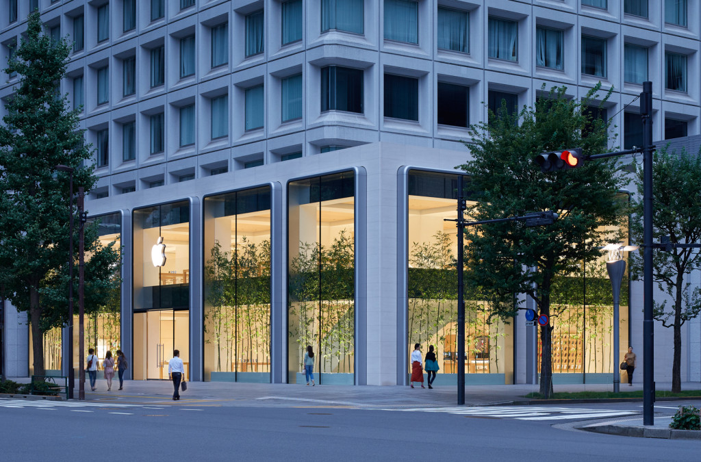 Apple-largest-store-in-Japan-opens-saturday-in-Tokyo-090419