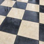 強アルカリ性電解水でタイルの汚れを落とす!